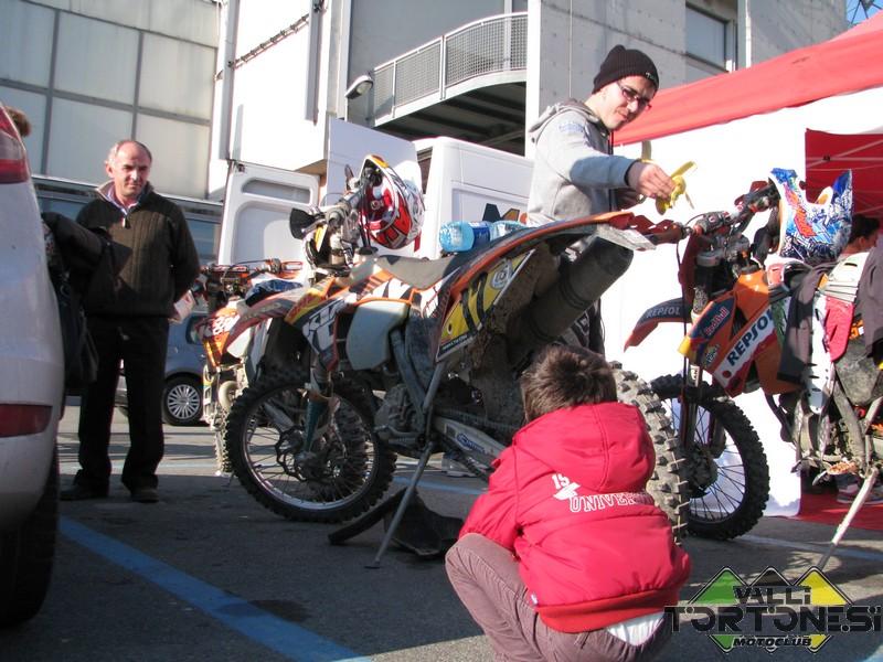 enduro-indoor-genova-2011-motoclub-vallitortonesi-00006
